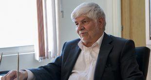 تخیلات آقای علی لاریجانی بجای خاطرات
